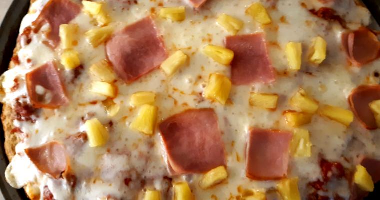 LOW CARB HAWAIIAN PIZZA