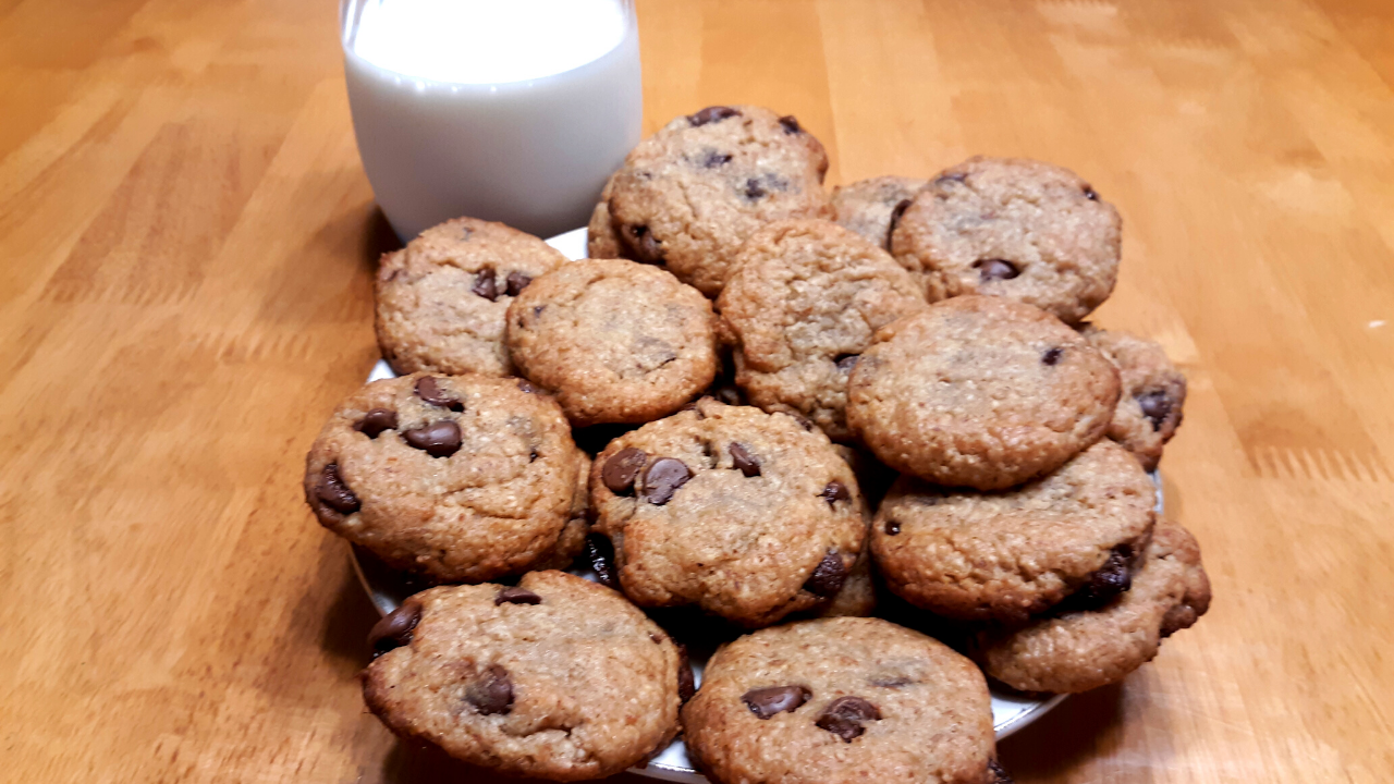 How To Make Gluten Free Keto Chocolate Chip Cookies