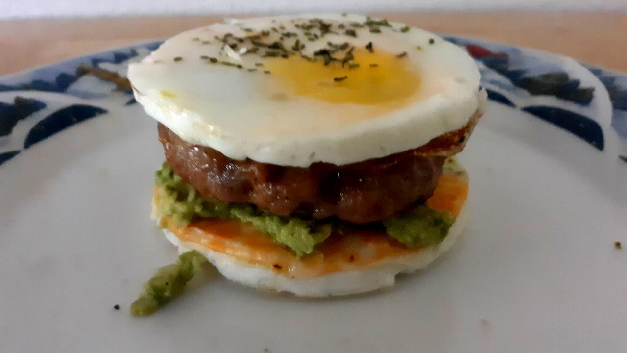 How To Make Breadless Keto Breakfast Sandwiches