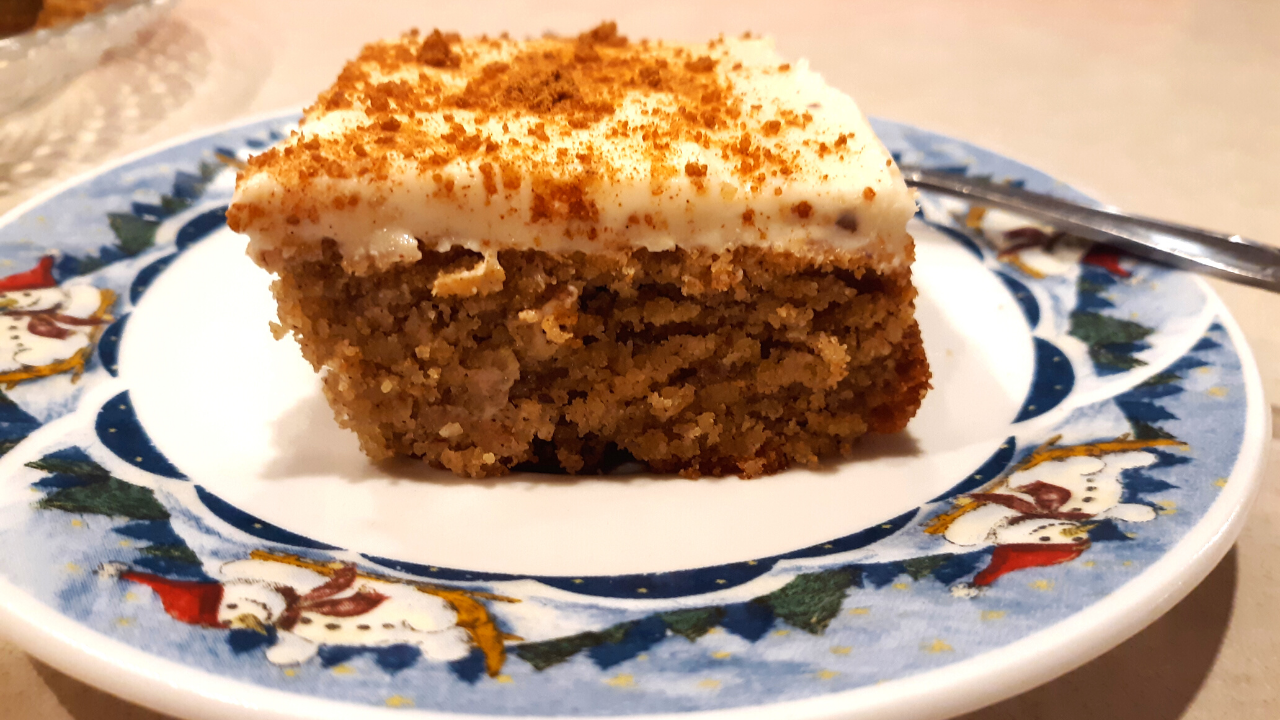 Keto Spice Cake With Keto Cream Cheese Frosting