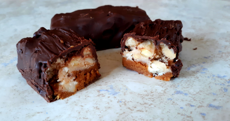 """Easy Keto """" Snickers"""" Candy Bars"""