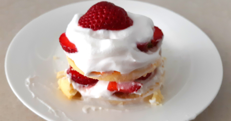 Simple Keto Individual Shortcakes